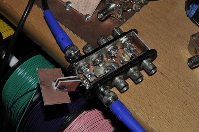 DUT houder VNA met condensator eraan