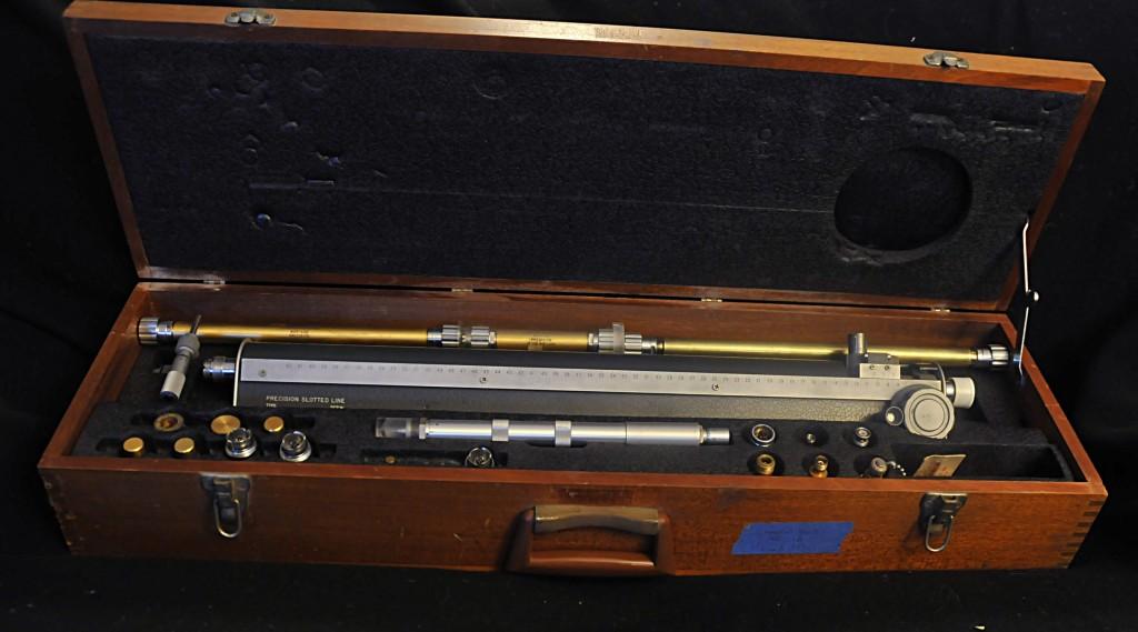 GR-900 LB Slotted line